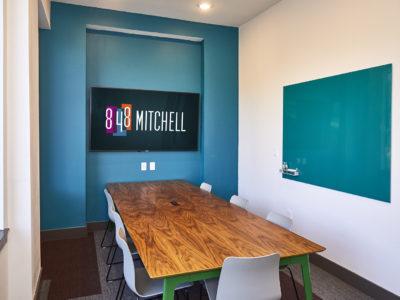 848 Mitchell - 24/7 work lounge